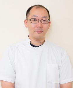 かしの木歯科医院院長山嵜智浩